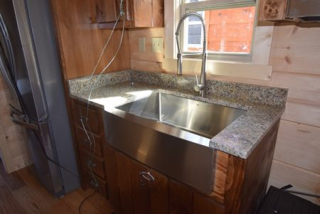Farm Sink and Faucet