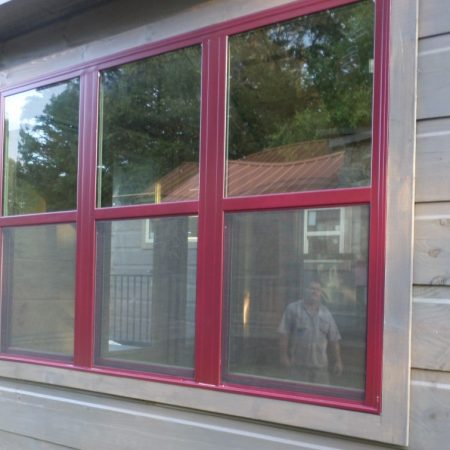 Triple window shown in Premium color - Cranberry